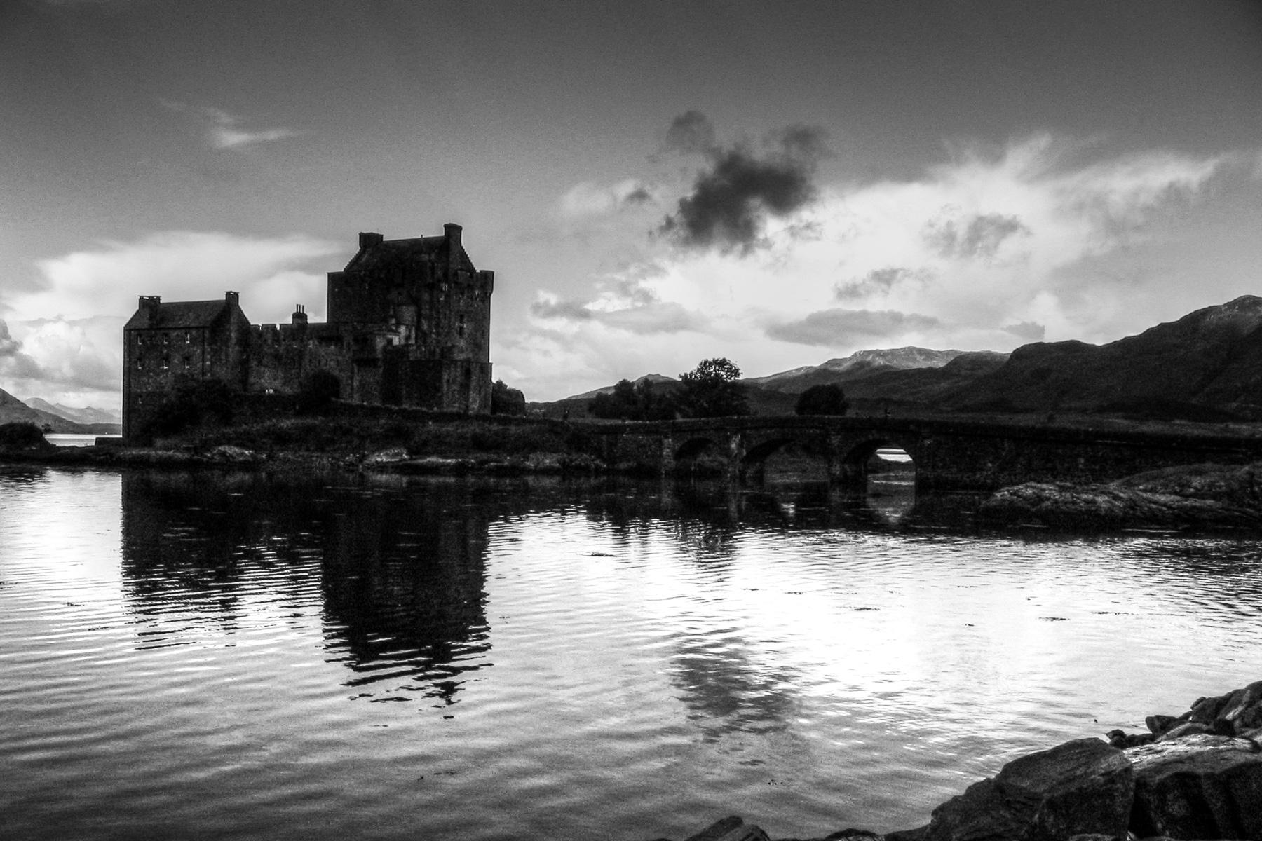 Elan Donnel Castle